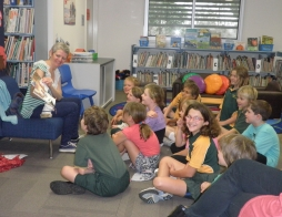 Author Vikki Chan visits Proston State School